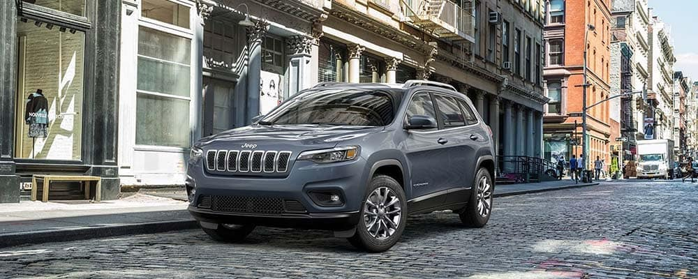 Gray 2019 Jeep Cherokee