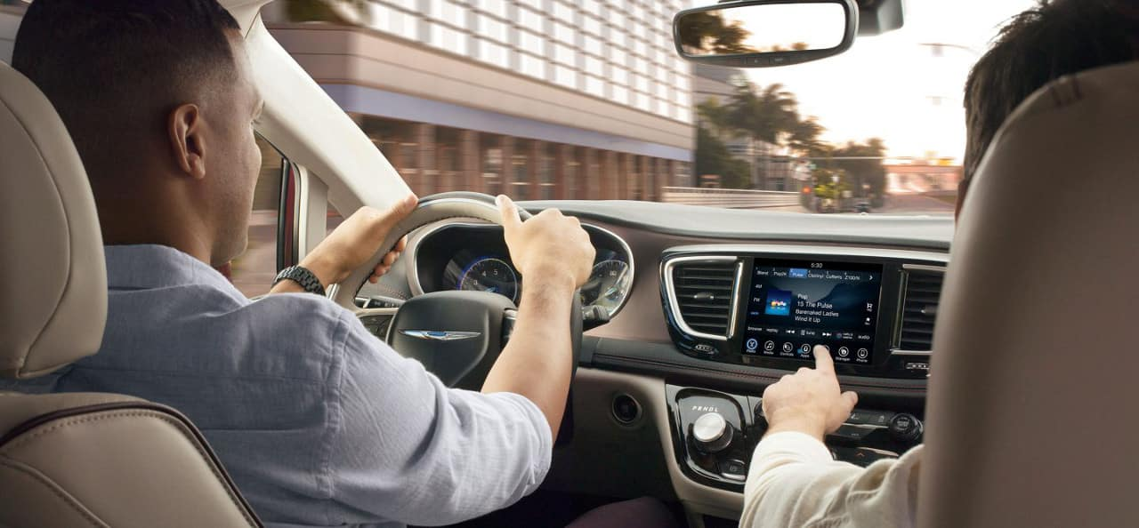 2018 Chrysler pacifica interior