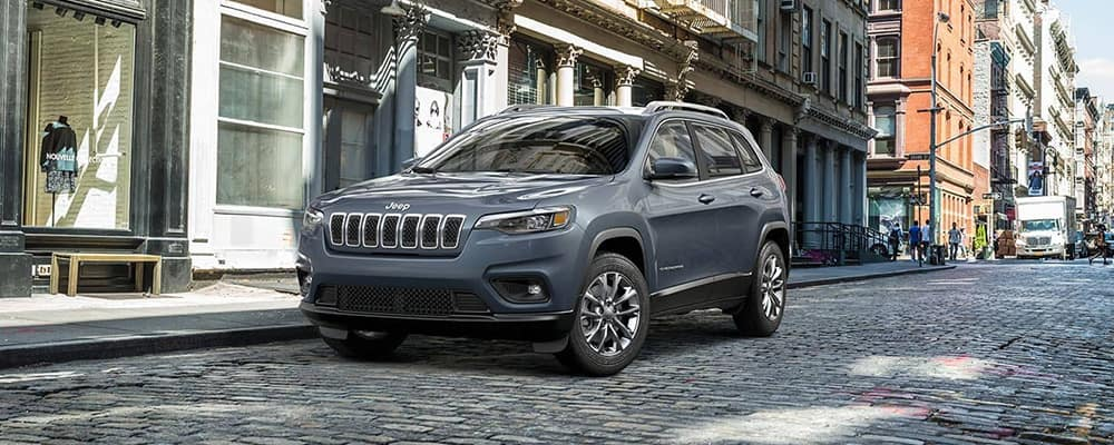 2019 Jeep Cherokee Latitude on brick road