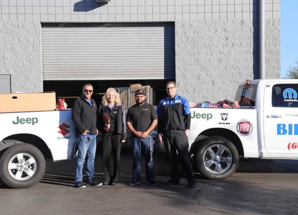 Bill Luke Jeep >> Bill Luke Adopts 10 Families Bill Luke Chrysler Jeep Dodge Ram