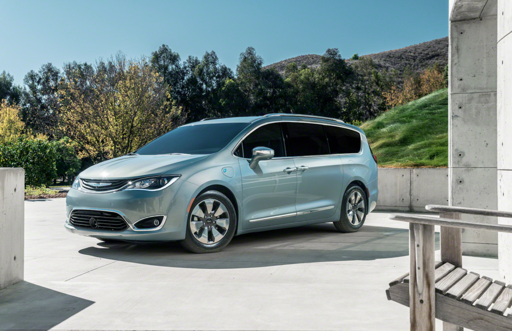 Chrysler Pacifica a plug-in hybrid