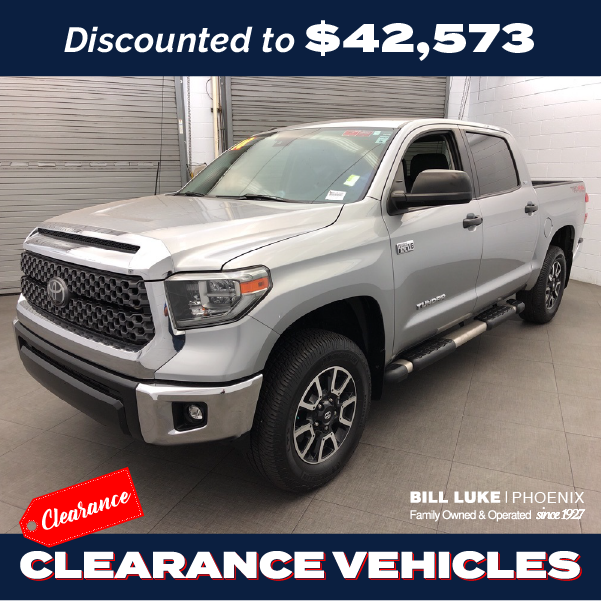 PRE-OWNED 2018 TOYOTA TUNDRA SR5 5.7L V8 4WD