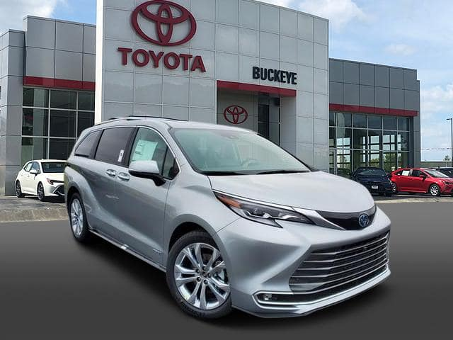 New 2021 Toyota Sienna LE FWD