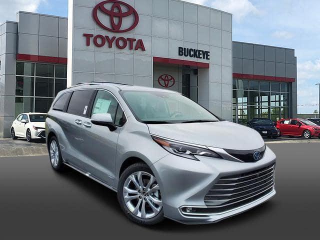 New 2021 Toyota Sienna FWD