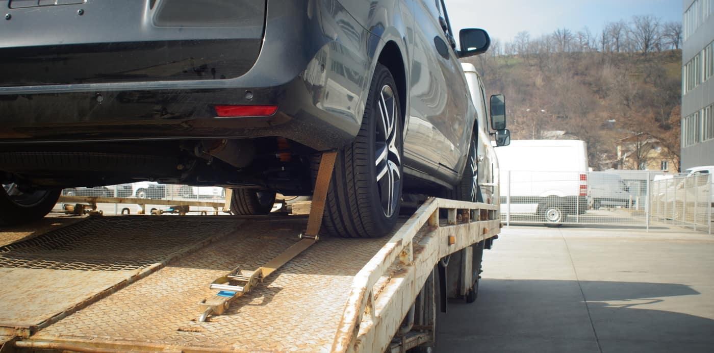 Car Being Repossessed & Towed