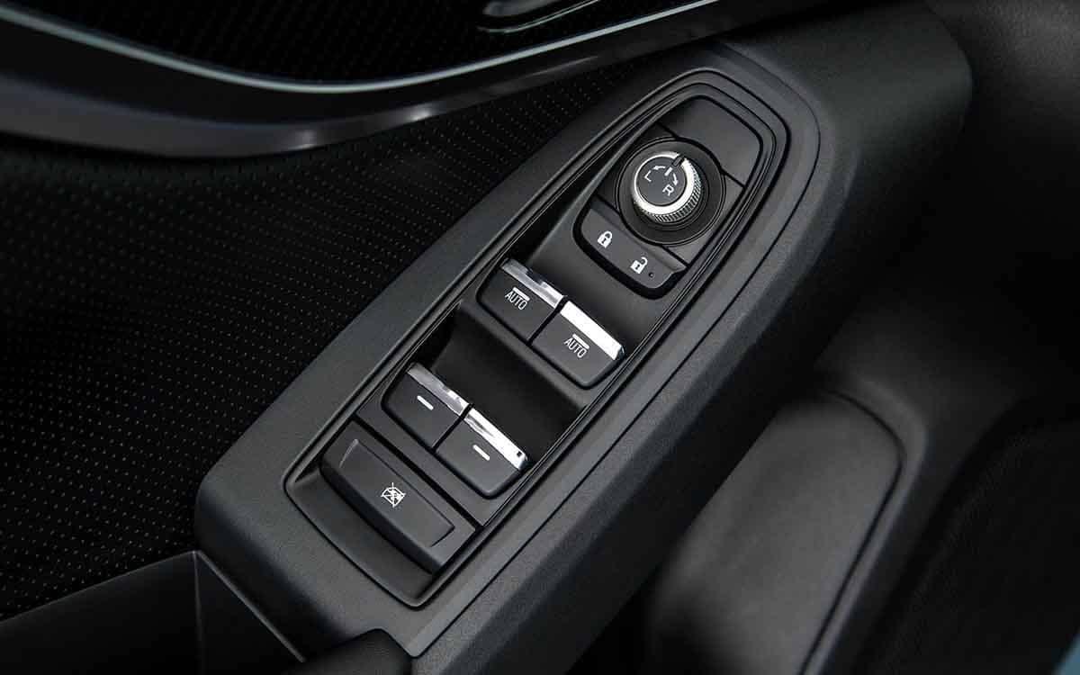 2018 Subaru Crosstrek shifter