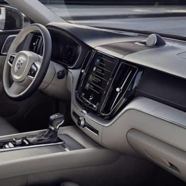2018 Volvo XC60 Interior from passenger seat