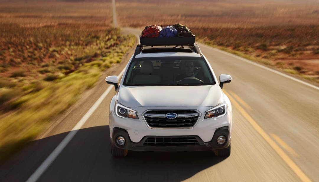 2018 Subaru Outback 3.6R Limited on highway