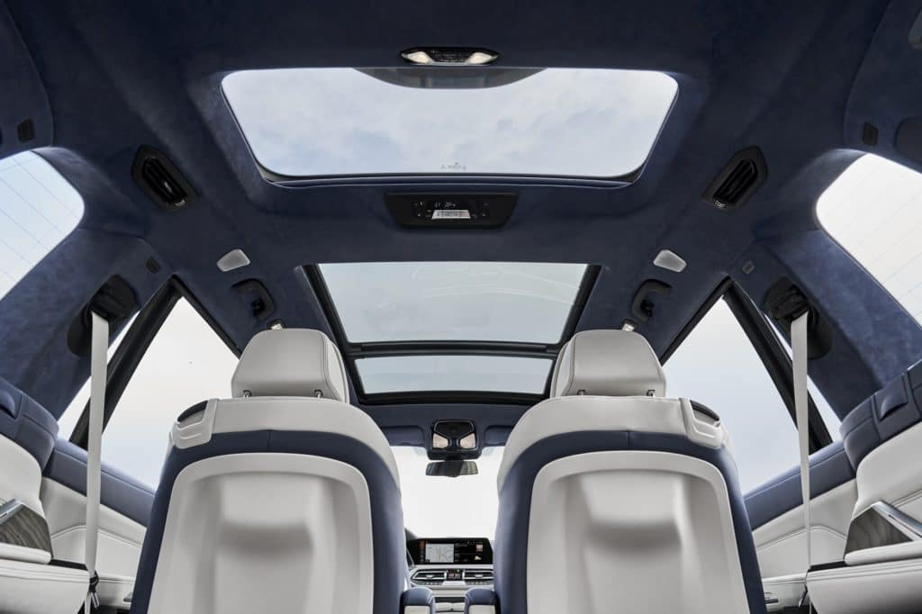 BMW X7 Glass Roof