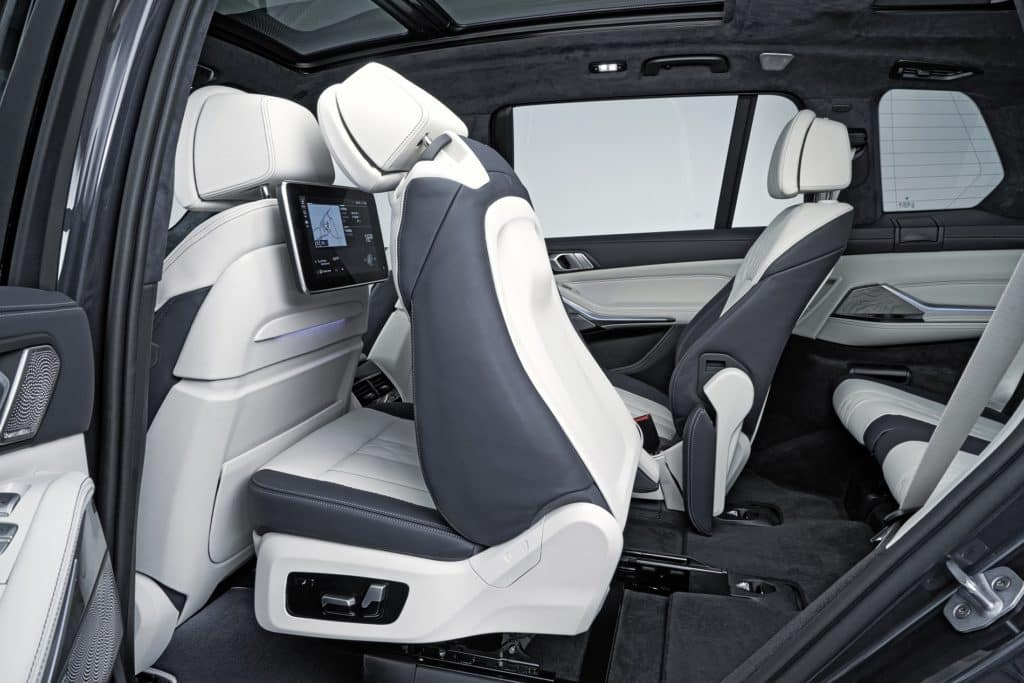 BMW X7 Second Row