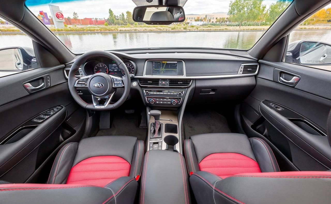 2019 Kia Optima interior cabin
