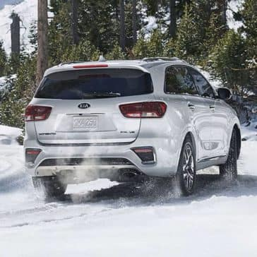 2019-Kia-Sorento-rear-view