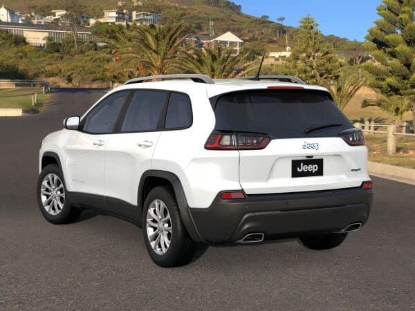 2021 Jeep Cherokee Latitude Lux Rear Angle
