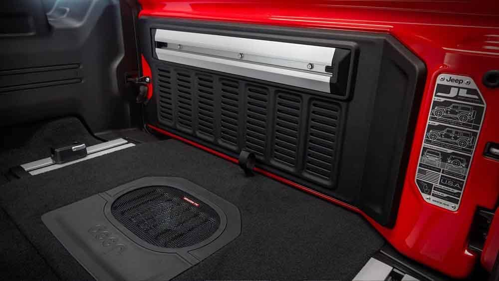 2018 Jeep Wrangler Interior Features