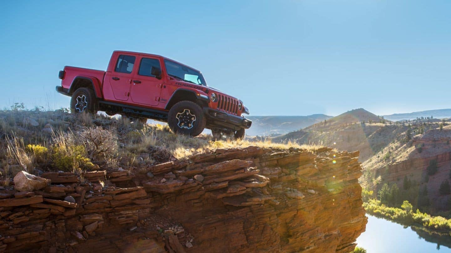 2020 Jeep Gladiator driving on rockside