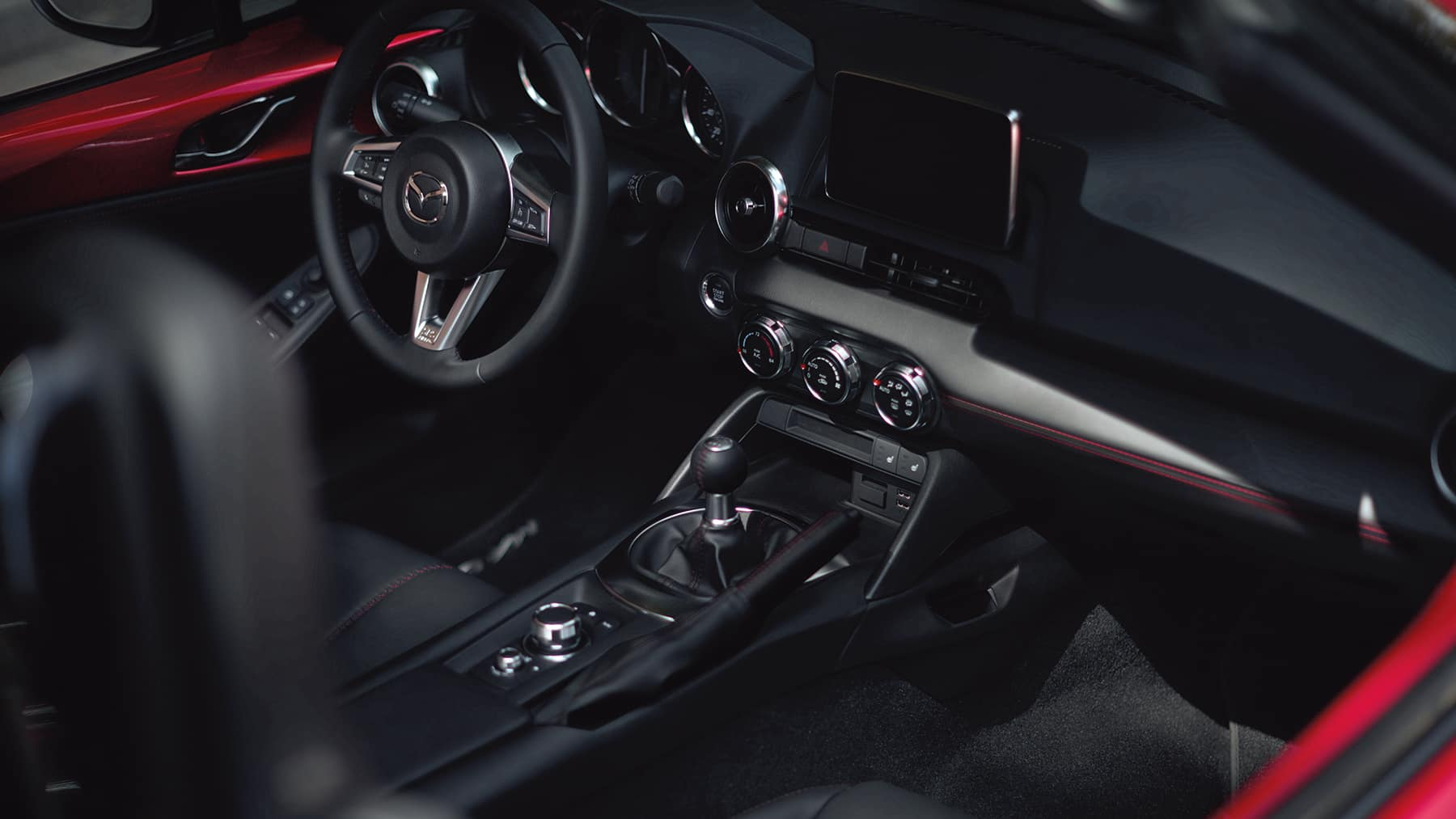 2020 Mazda MX-5 Miata Dasboard Features