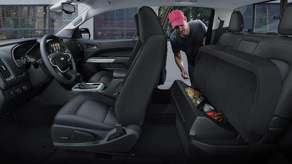 Interior Features of the New Chevrolet Colorado at Garber in Saginaw, MI