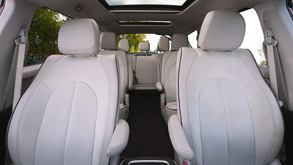 Interior Features of the New Chrysler Pacifica at Garber in Orange-Park, FL