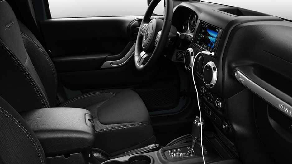 Interior Features of the New Jeep Wrangler Unlimited at Garber in Orange Park, FL