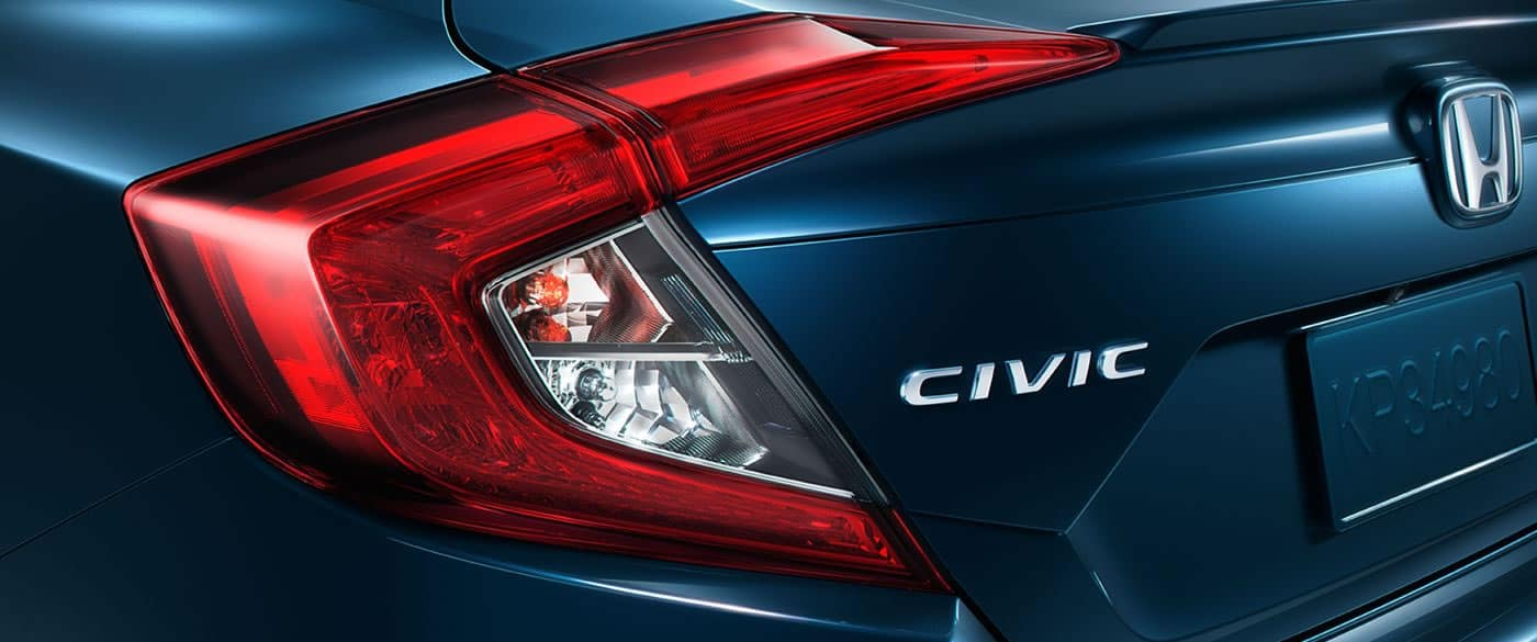 2018 Honda Civic Touring Rear Taillight Detail
