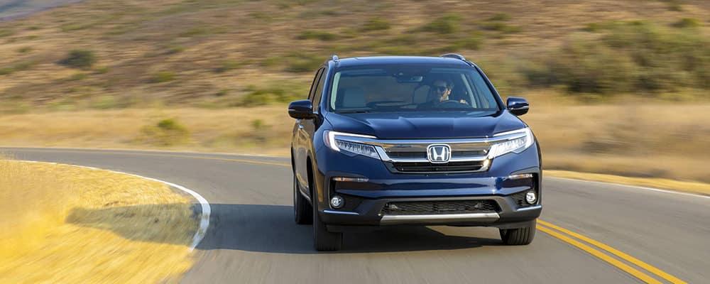 2019 Honda Pilot Driving