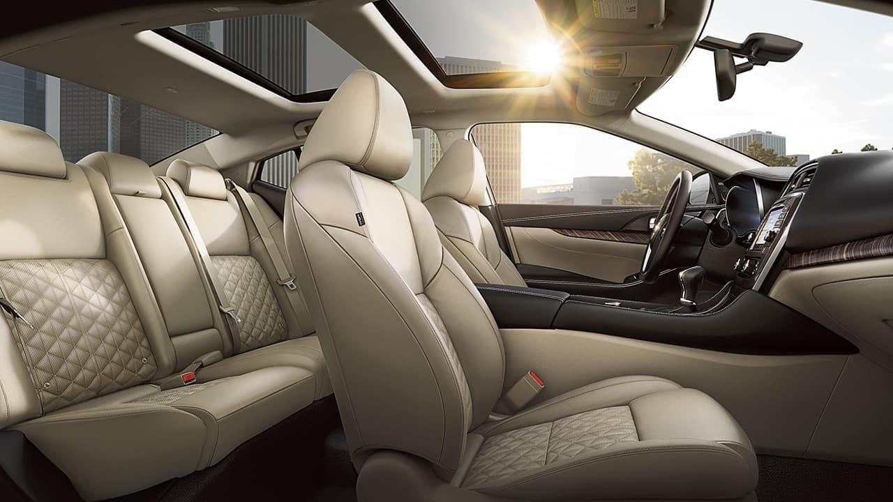 2018 Nissan Maxima Seats