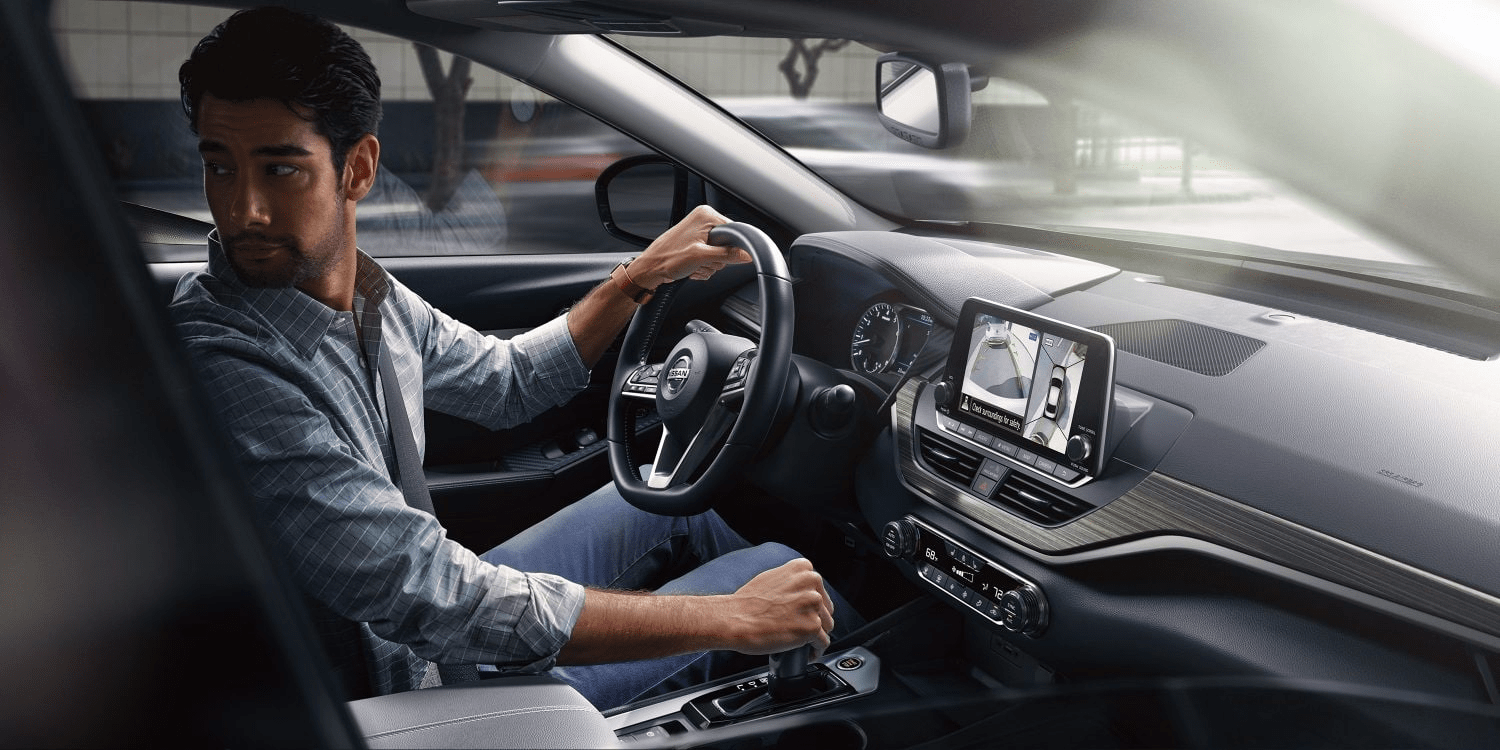 2019 Nissan Altima interior driver backing up