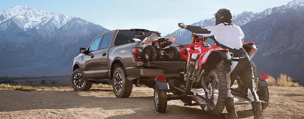 2020 Nissan Titan towing atv