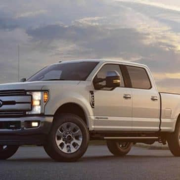 Picture of 2018 Ford Super Duty F-250 Lariat Crew Cab