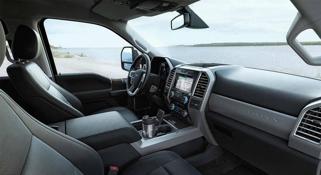 Picture of 2018 Ford Super Duty Lariat Interior