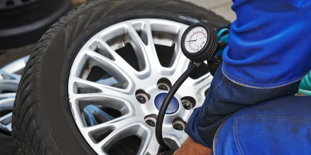 Car wheel Tire air pressure check