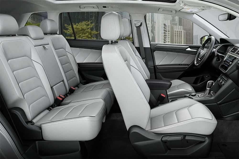 2019 Volkswagen Tiguan int 02