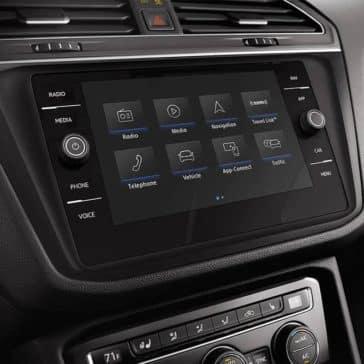 2019 Volkswagen Tiguan int 03