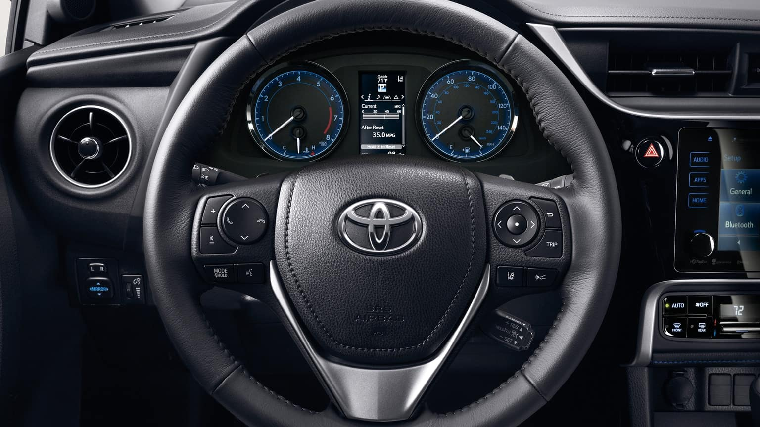 Toyota Corolla Vs Honda Civic >> 2019 Toyota Corolla Vs 2018 Honda Civic Longo Toyota Of