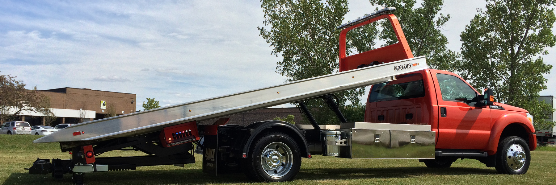 Carrier Tow Truck