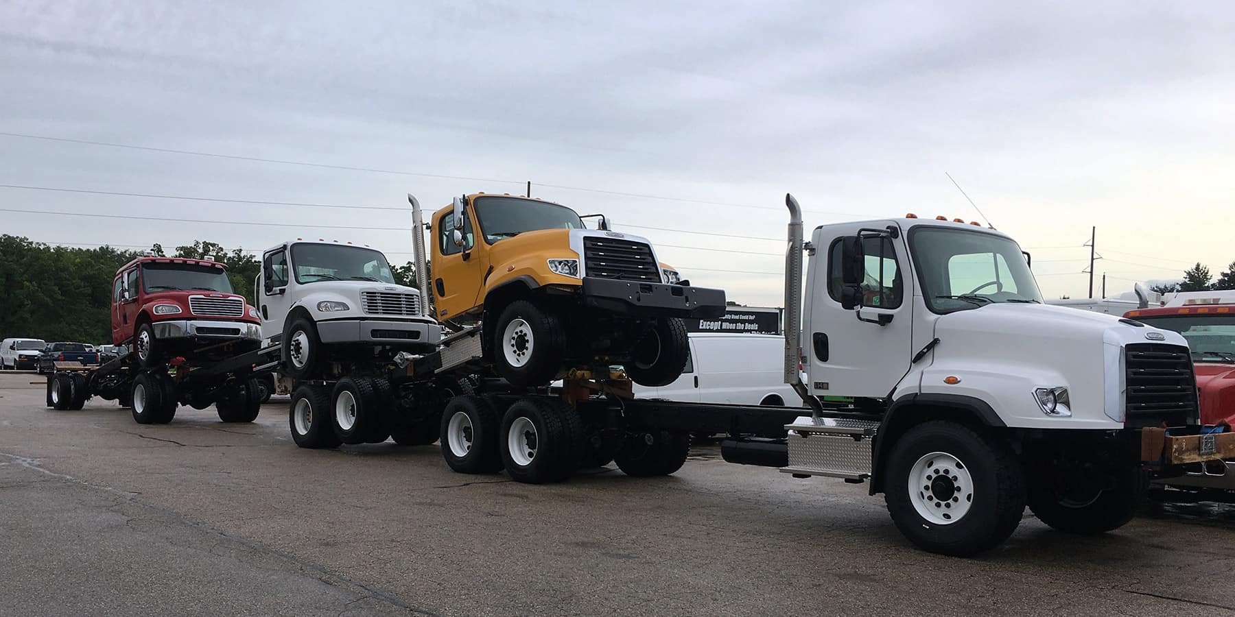 New and Used Commercial Truck Dealer   Lynch Truck Center