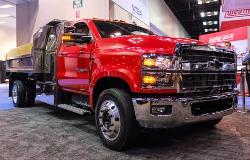 Chevrolet Silverado 6500HD Overview | Lynch Truck Center