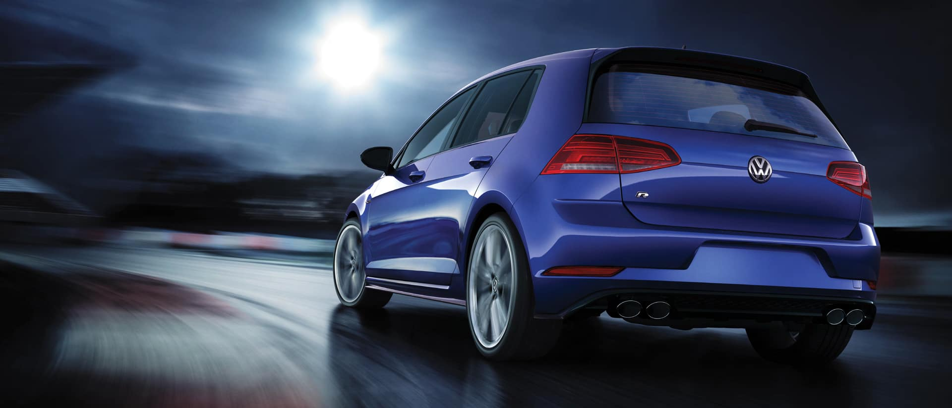 2018 Golf R Clearance ON NOW Maple Volkswagen