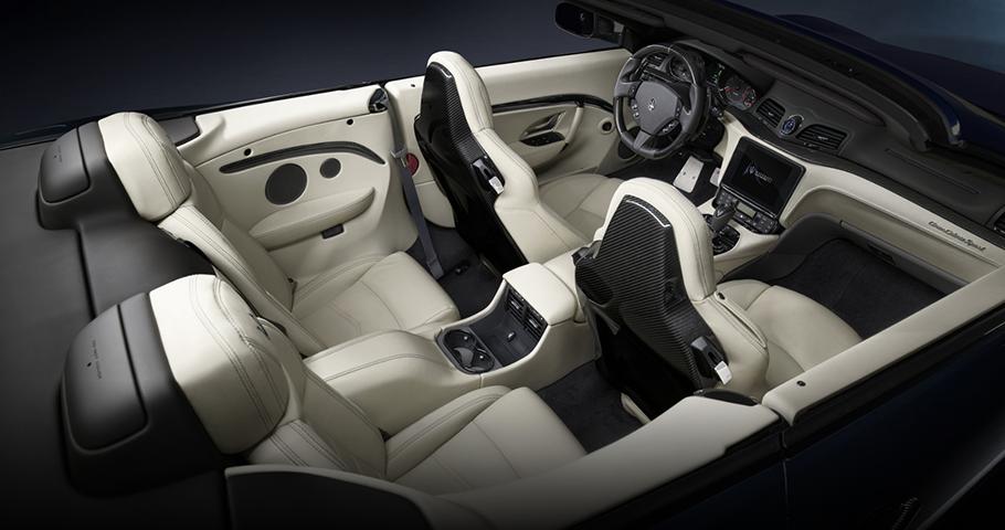 2019 Maserati GranTurismo Convertible Interior