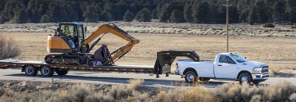 2019 White Ram 3500 Towing Construction Equipment