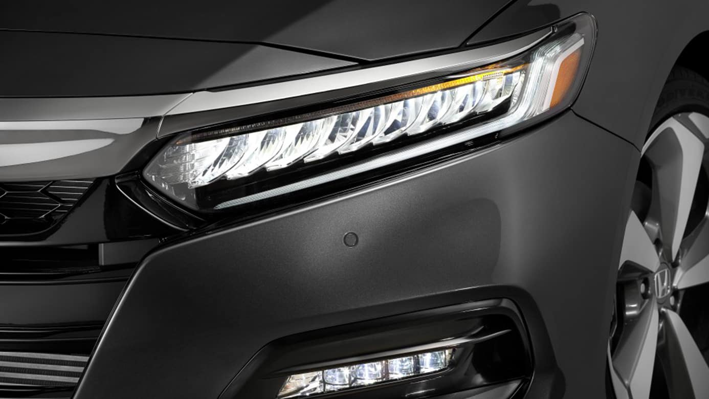 Awesome 2018 Honda Accord LED Headlamps