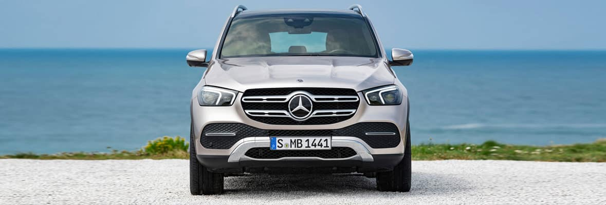 2020 GLE - Front angel in front of ocean