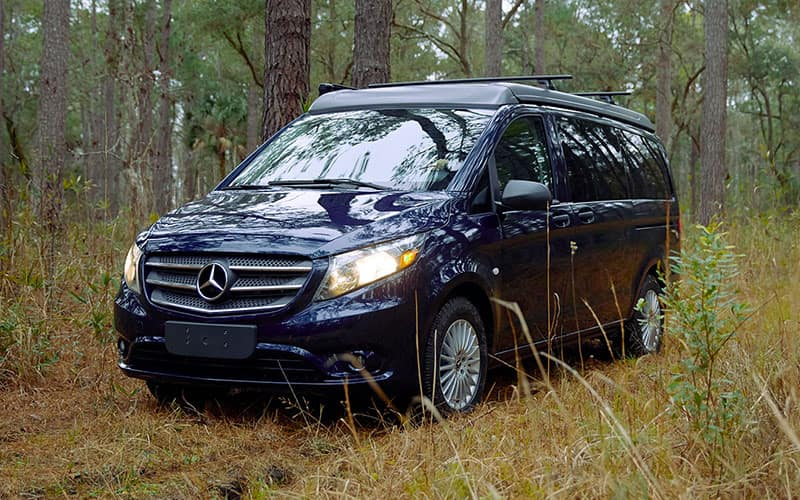Metris Getaway Van Features