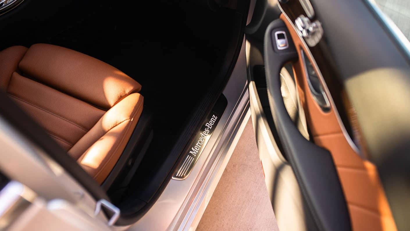 2019 Mercedes-Benz C-Class Sedan stepping through door