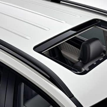 2019-Mercedes-Benz-GLE-sunroof