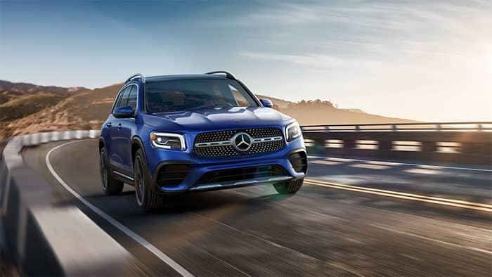 2020 Mercedes-Benz GLB Driving