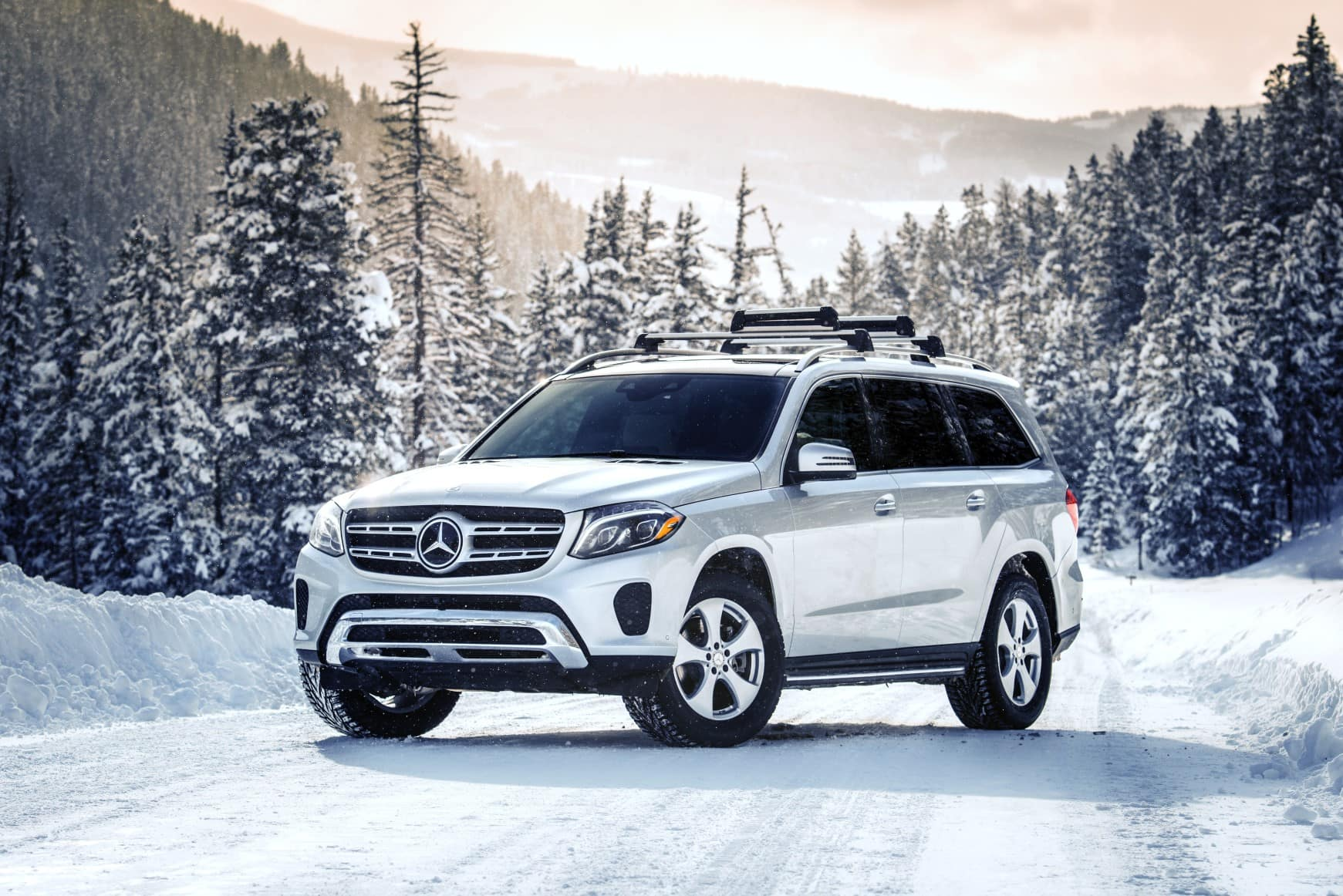 5 Things to Know Before Driving in Snow | Mercedes-Benz of