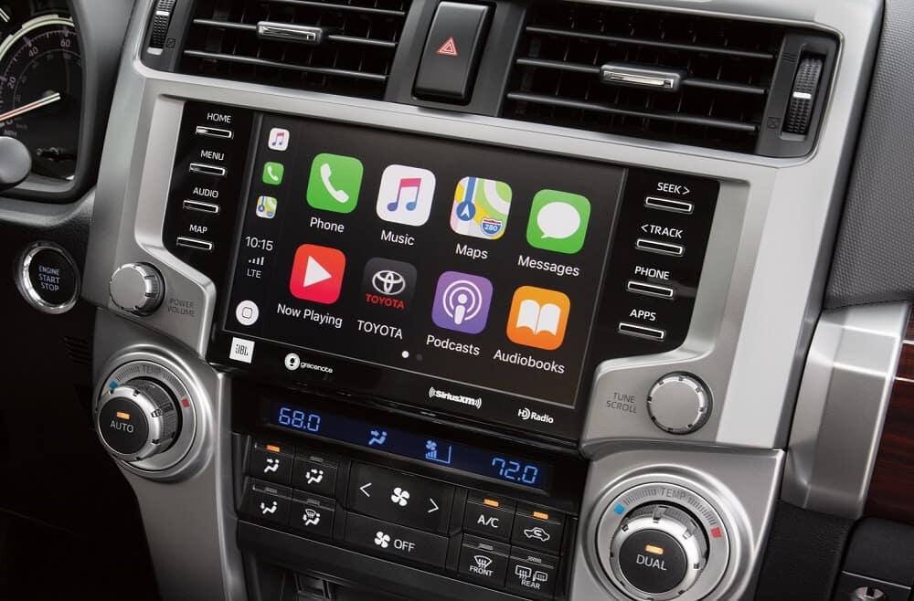 Toyota 4Runner Interior Apple CarPlay® Tecnology