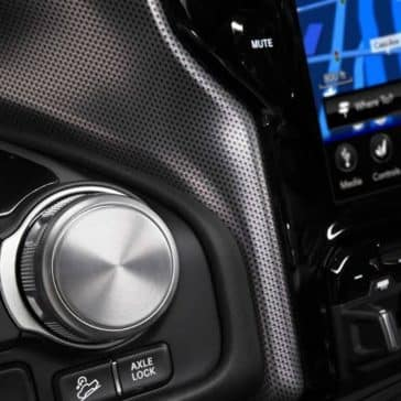 2019 Ram 1500 rotary E Shifter and touchscreen