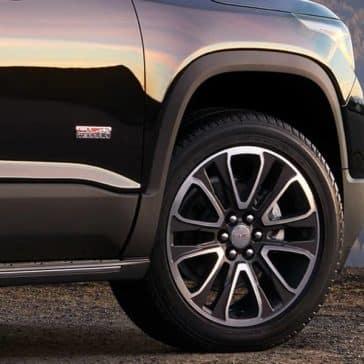 2018 GMC Acadia wheel detail